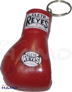 Llavero Guantesito De Plástico Cleto Reyes